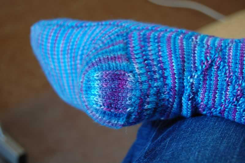 socks I knit, I tink, I think